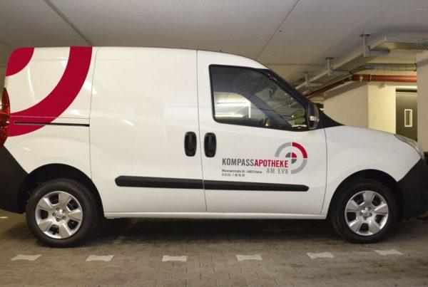 Fahrzeugbeschriftung für Apotheke